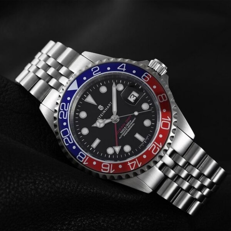 Ocean One GMT BLUE-RED - steinhartwatches.de