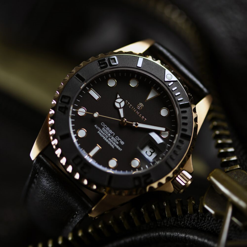 Ocean One 39 Pink Gold Bi Timepieces